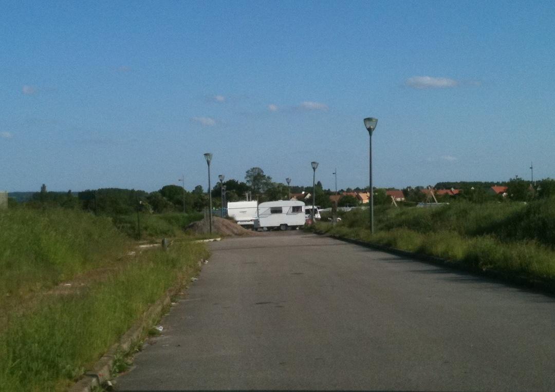 Terrain des Gens du Voyage  La Communauté urbaine est déterminée ... 70f6f68399c